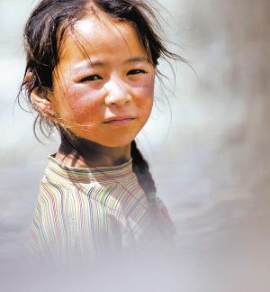 藏族小女孩