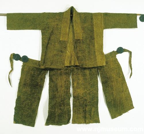 黎族树皮服饰距今已有4000年历史