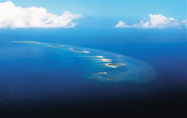 七连屿是指在西沙群岛北纬16度55分~17度00分,东经112度12分到