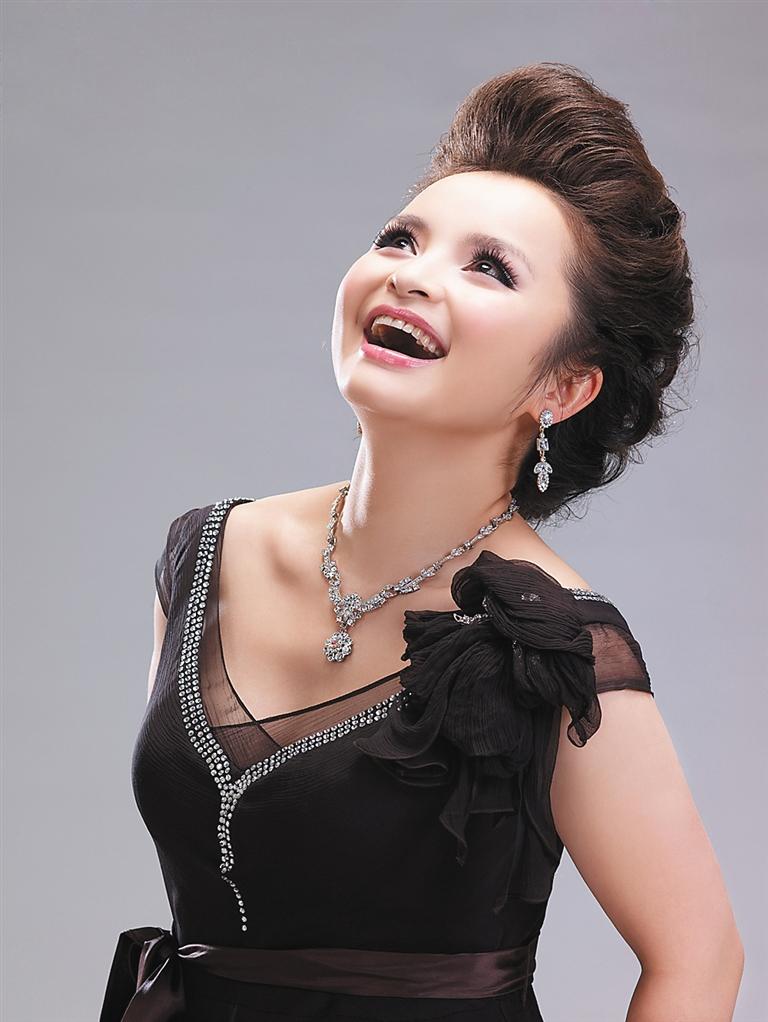 歌唱家吴碧霞