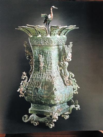 动物妖娆的莲鹤方壶