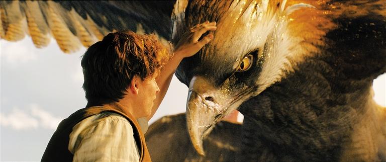 《神奇动物在哪里》北美票房夺魁