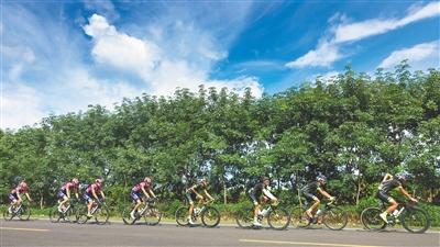 """海南日报数字报-第12届环岛自行车赛今日""""发车"""""""