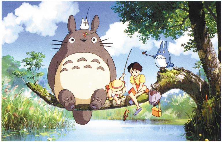 -->  本报海口12月5日讯 (记者卫小林)日本动画电影大师宫崎骏执导的动画电影《龙猫》,12月5日在全国多地同步举行超前观影活动,海南的活动在海口星轶国际影城举行,吸引了近200名影迷到场观看,为该片12月14日正式在我省上映预热。   《龙猫》是宫崎骏1988年执导的动画片,曾被称为年度最暖影片。主要讲述小月母亲生病住院后,父亲带着她与妹妹小梅到乡间陪护母亲期间发生的故事。姐妹俩对乡村感到十分新奇,她们在那里遇到了小精灵,还与一只胖龙猫成为朋友,后来,龙猫和小精灵帮助姐姐找到了迷路的妹妹。