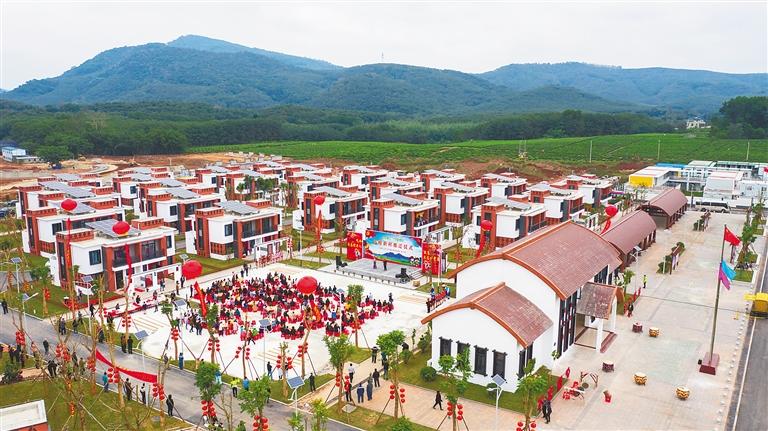 白沙高峰村完成生态搬迁